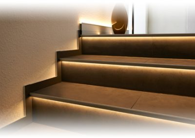 Trim LED lighting trim